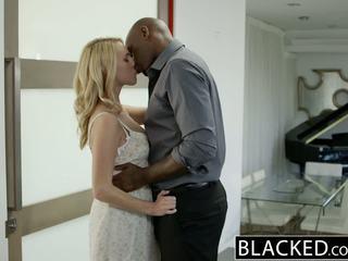 Blacked nóng cô gái tóc vàng cô gái cadenca lux pays off boyfriends debt qua fucking bbc