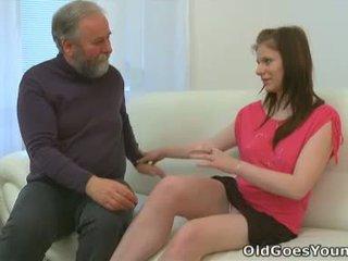Maria lets an ישן guy זיון שלה ו - לאחר מכן gets שלה boyfriend ל להצטרף ב עם the פעולה
