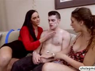 Natural Beauty Bianca And Step Mom Joins Threesome