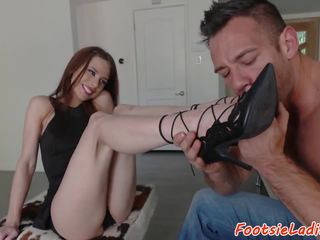 Toelicked Babe Banged on the Couch, Free Porn b9