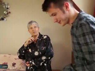 Berumur cinta tua wanita savana kacau oleh pelajar sam bourne