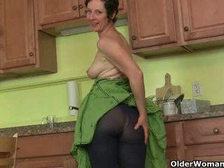 Mom's rahasia masturbation teknik