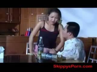 Thajské dievča gets fucked