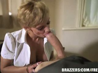 Brazzers - sexy agent loulou's erotisch interrogation