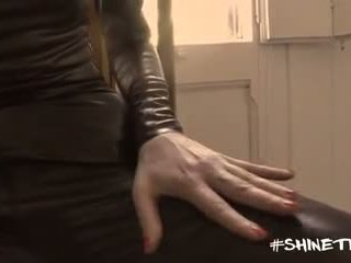 Shine Tight Productions - Gio in latex