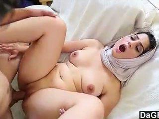 Dagfs arabic kvinne nadia ali tastes white-240p