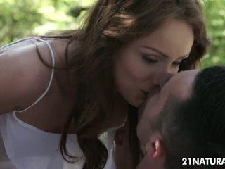 реальний брюнетка, онлайн поцілунки великий, безкоштовно пірсинг