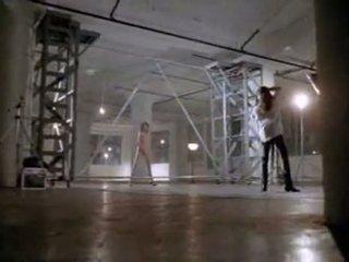 Angelina jolie en première sexe scène