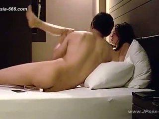 Korea tüdruk ise filmitud