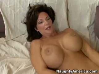 Horny Milf DeauxMa receives a fresh load of cum in that boyr Mouth