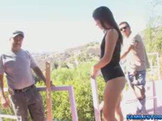 Ariana flirts dengan workers dengan bigcock