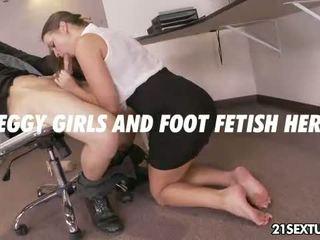 Pisarna obleka foot
