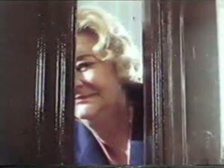 Tappning grannyen porr film 1986, fria grannyen porr video- 47