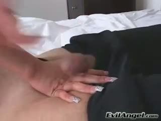 Kuk loving baben alexis breeze plugs henne mun med en massiv errect kuk