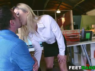 quality blowjobs, see blondes quality, ideal foot fetish