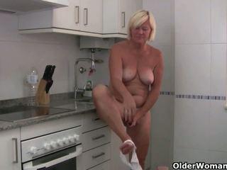 Sabine kolekcija: nemokamai vyresnis moteris malonumas hd porno video 0c
