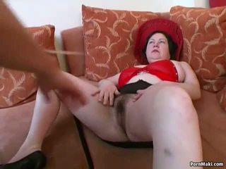Velika titted debelušne zreli gets ji poraščeni muca pounded