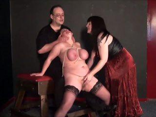 Madura lesbianas slavegirls bizarro punishment