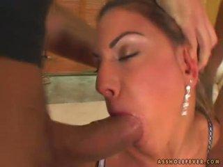 Kön bombnedslag sarah james takes 2 cocks i och ut henne mun alternately