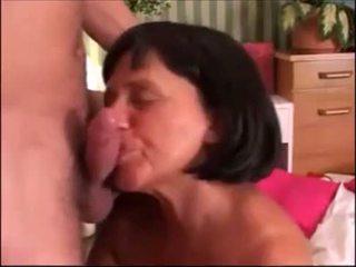 Cumming για γιαγιάδες από epikgranny.com
