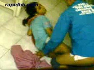 Καυτά northindian κορίτσι γαμήσι αυτήν bf σε σπίτι