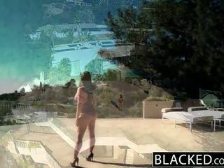 Blacked 大きい ナチュラル ティッツ オーストラリア人 ベイブ angela 白 fucks bbc