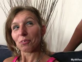 Girlfriends hot mom spread her legs for him