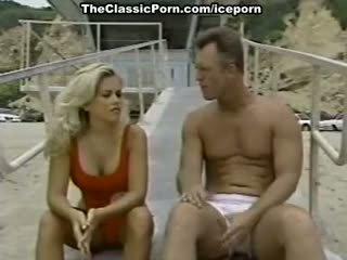كبير الثدي, جودة ريمكس حقيقي, لعق سخونة