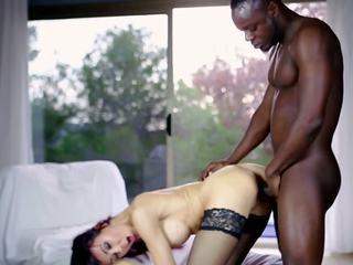 Nxehtë mdtq dhe të saj younger lover 634, falas porno 57