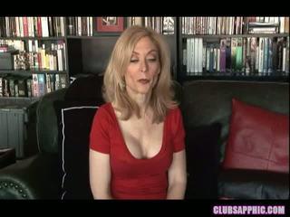 Nina hartley și sinn sage ajunge lor goals și celebrate cu o mic sex