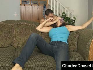 Charlee chase バウンド tickled と 足 ファック!