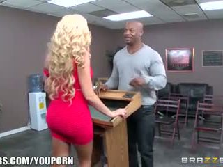 Brazzers - zomer brielle loves de bbc