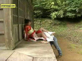 Seks Denganberpakaian
