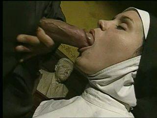 Non gets geneukt en takes facial - holy god!