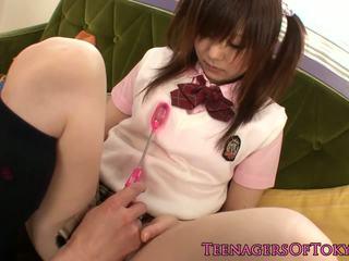 Teen Nippon Schoolgirl Give Footjob in Socks: Free Porn 50