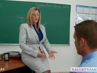 Máma jsem rád šoustat učitel sara jay souložit studentská