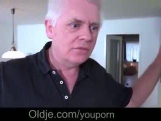 Forró tini asszony closeup baszás régi megcsalás férj takes arcra élvezés videó