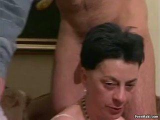 Bunicuta orgie porno