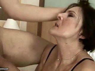 Napalone stary pokojówka getting fucked ciężko