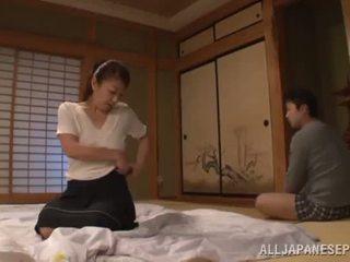 Ayano murasaki has unforgettably vyrobený láska till going na pohovka