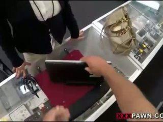Nagy cicik nő screwed fel által pawnkeeper