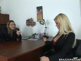 hardcore sex, likken, grote tieten