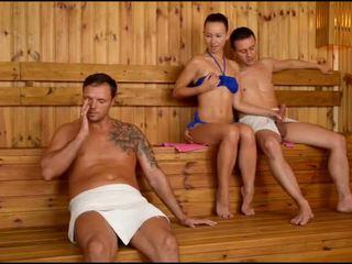 Taylor sands sauna throat petrecere
