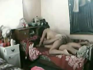 Indoneesia tüdruk perses raske