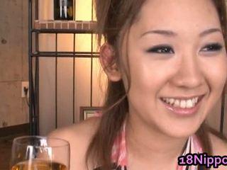 Azijietiškas paauglys merginos gauti pakliuvom nemokamai