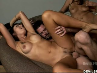 you brunette, new group sex fun, kissing