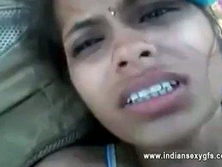 Orissa warga india teman wanita fucked oleh boyfriend dalam hutan dengan audio