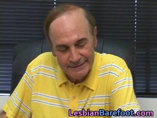 Đồng tính nữ âm hộ và thằng khốn licking