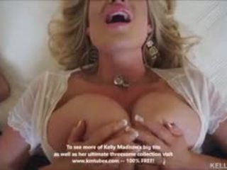 Veliko oprsje žena kelly madison titty fucks tič in swallows prihajanje