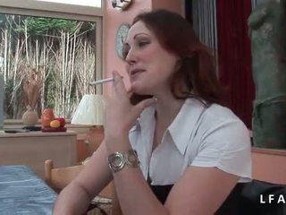 Jolie rousse francaise se fait defoncer le petit cul avant un bon تجميل الوجه